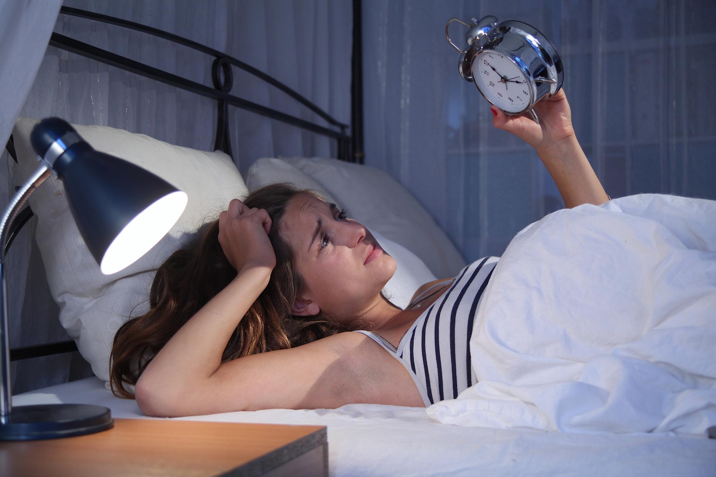 Por Qué Sufro Insomnio Causas Y Tipos Cinfasalud