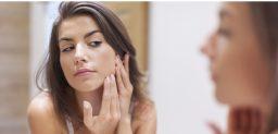 El acné es típico de la adolescencia.
