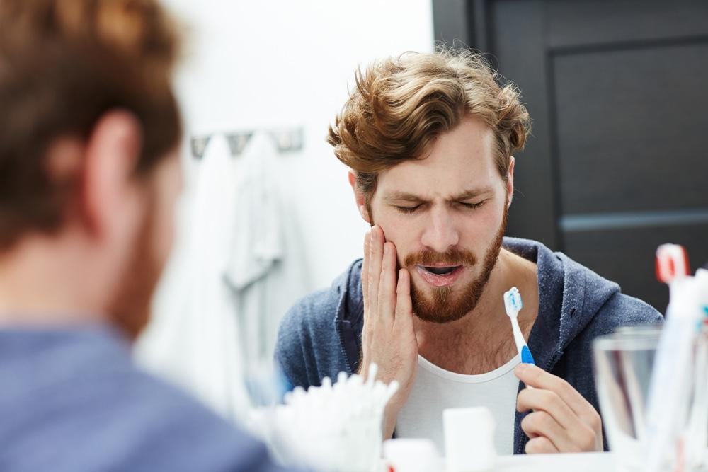 La hipersensibilidad dental puede manifestarse en cualquier diente.