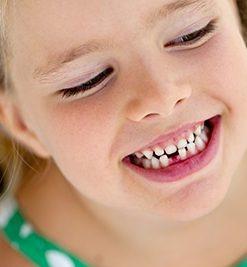¿Cómo aliviar las molestias de la salida de los dientes?