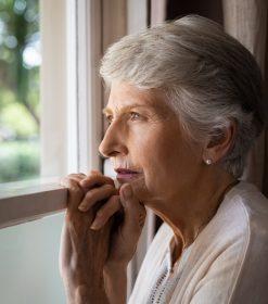 ¿Cuáles son los síntomas iniciales de la demencia?